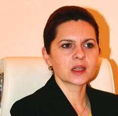 Adriana Săftoiu a întors armele dinspre Tăriceanu spre Băsescu şi acum vrea să elibereze Urlaţiul de PD-L-işti