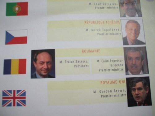 Fotografiile folosite în prezent de UE cu Băsescu şi Tăriceanu, făcute când unul avea mai mult păr iar celalat mai puţine moţiuni.