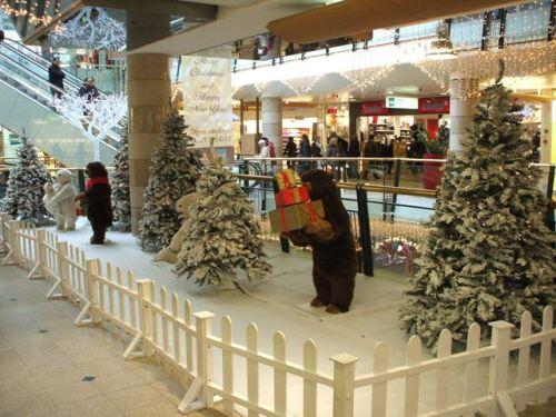 Ursuletii pregatesc cadourile ptr. noi